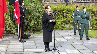 The President of the Storting speaking at the execution site. Photo: Storting.