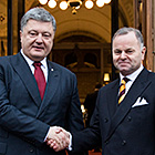 Ukrainian President Petro Poroshenko at a meeting in the President of the Storting's office. Photo: Storting.