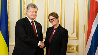 The meeting of the President of the Storting, Tone Wilhelmsen Trøen, with Ukrainian President Petro Poroshenko. Photo: Mikhail Palinchak.