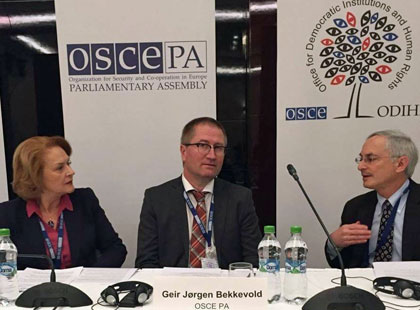 OSCE Special Coordinator Arta Dade, OSCE PA delegation head Geir Jørgen Bekkevold and ODIHR observation mission head Douglas Wake. Photo: Storting.