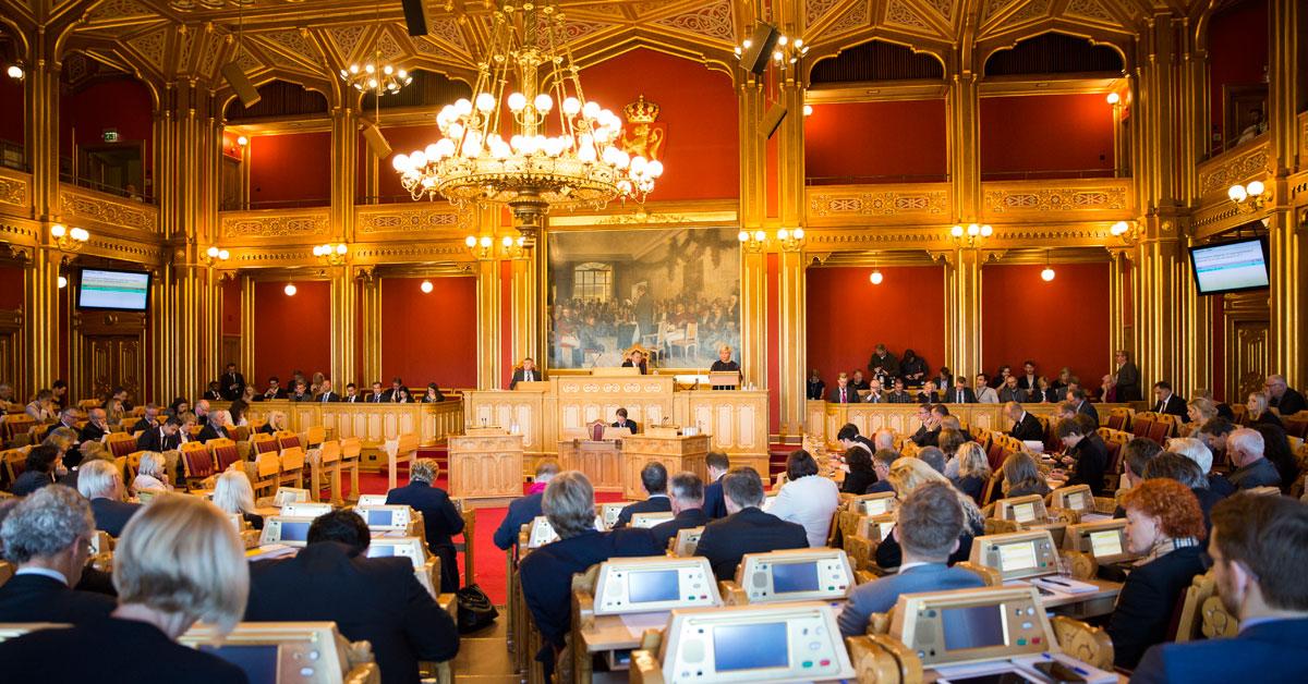 Endringer i domstolloven mv. (signatur og elektronisk forkynnelse)